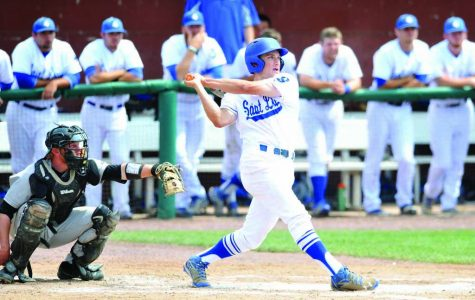 Baseball opens with 1-3 record in Florida