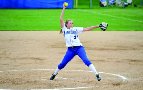 Softball wins fourth straight