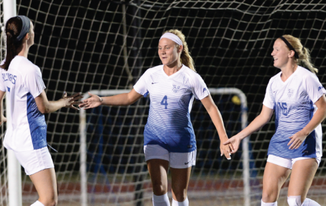 Women's Soccer kicks off season with record-setting performances by athletes