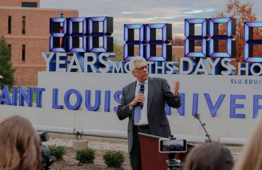Dr.+Fred+Pestello+speaks+to+SLU+students+at+the+beginning+of+the+200-Years-In-One+Challenge.