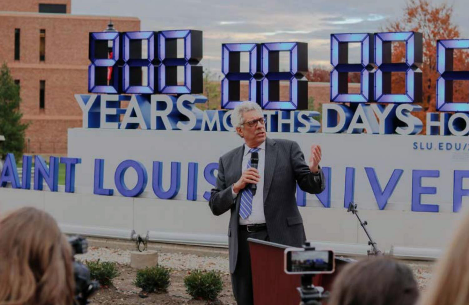 Dr. Fred Pestello speaks to SLU students at the beginning of the 200-Years-In-One Challenge.