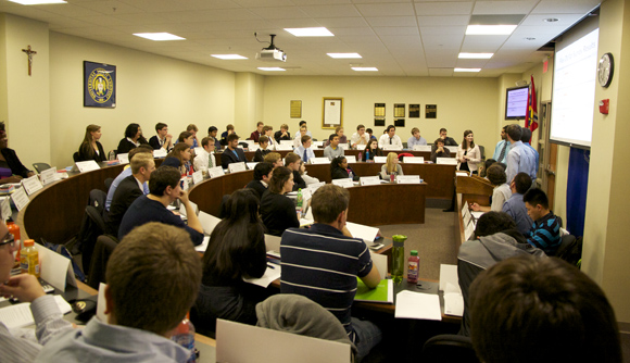 The Student Government Association met on Nov. 16 to debate changes to the meal plans for students. Mark Campos / Staff Photographer