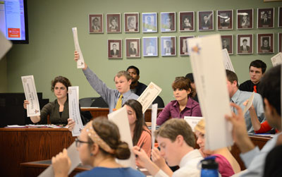Senators vote on a bill during the Wed., Jan. 30 SGA meeting. John Schuler/ Photo Editor