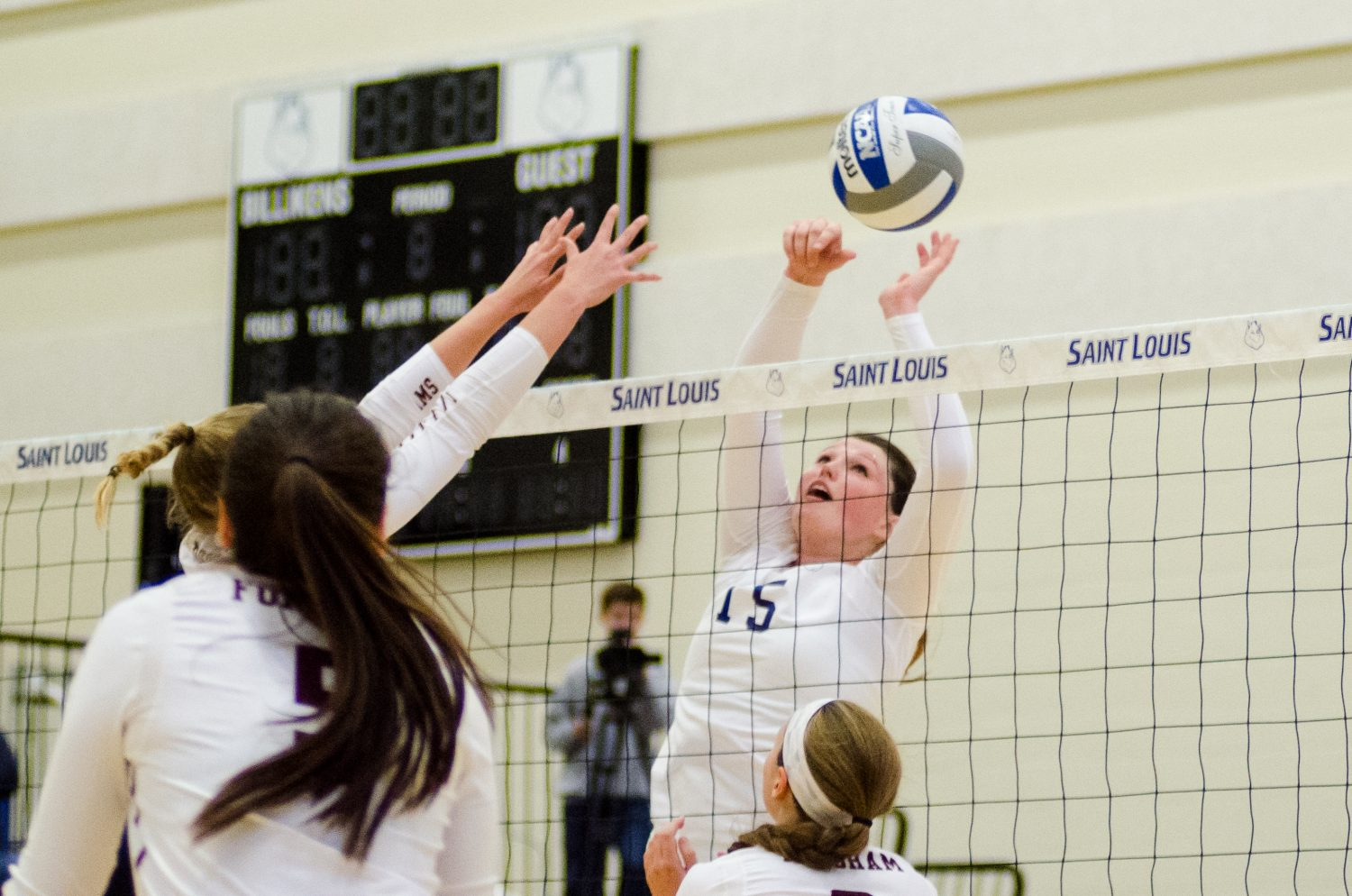 Volleyball+extends+win+streak+to+13+after+sweeping+Fordham