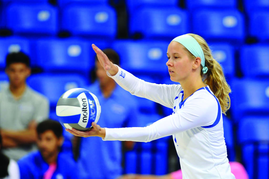 Volleyball+rediscovers+winning+form%2C+dominates+Davidson+and+VCU