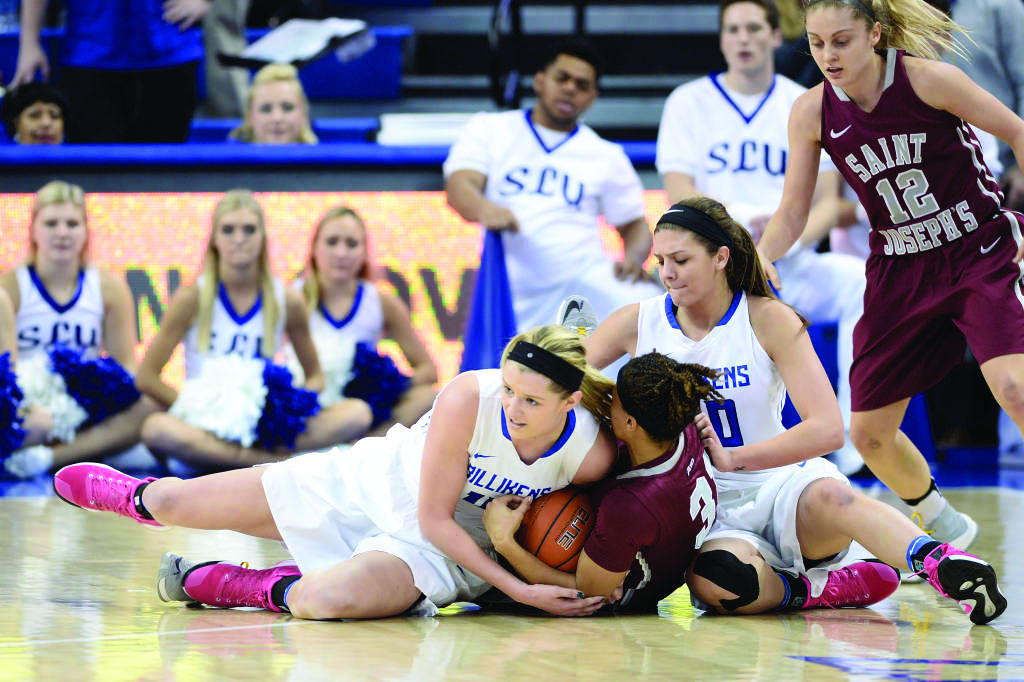 Women+split+A-10+series%2C+enter+last+leg+of+conference+play