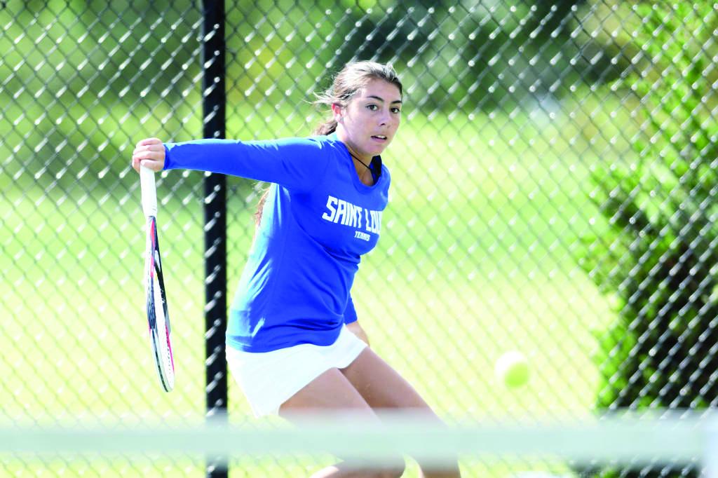 Tennis+turns+to+post+season%2C+women+seeded+fifth