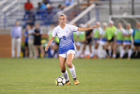 Women's Soccer Continues Home Win Streak
