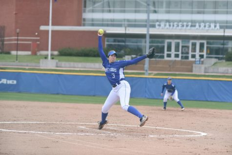 Softball Takes Two Out of Three Against Two A-10 Foes
