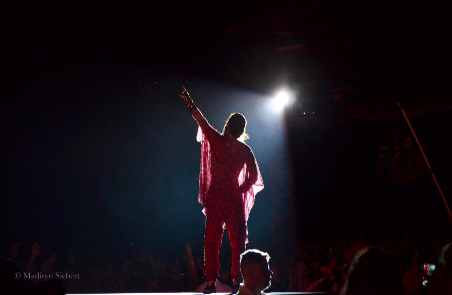 Thirty Seconds to Mars singer Jared Leto awes the crowd with his wardrobe and his vocals at the 105.7 The Point Big Summer Show.