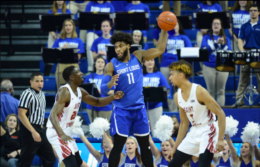 In Carte'Are Gordon's absence Hasahn French has stepped up for the Billikens, averaging a double-double a game for the Billikens.